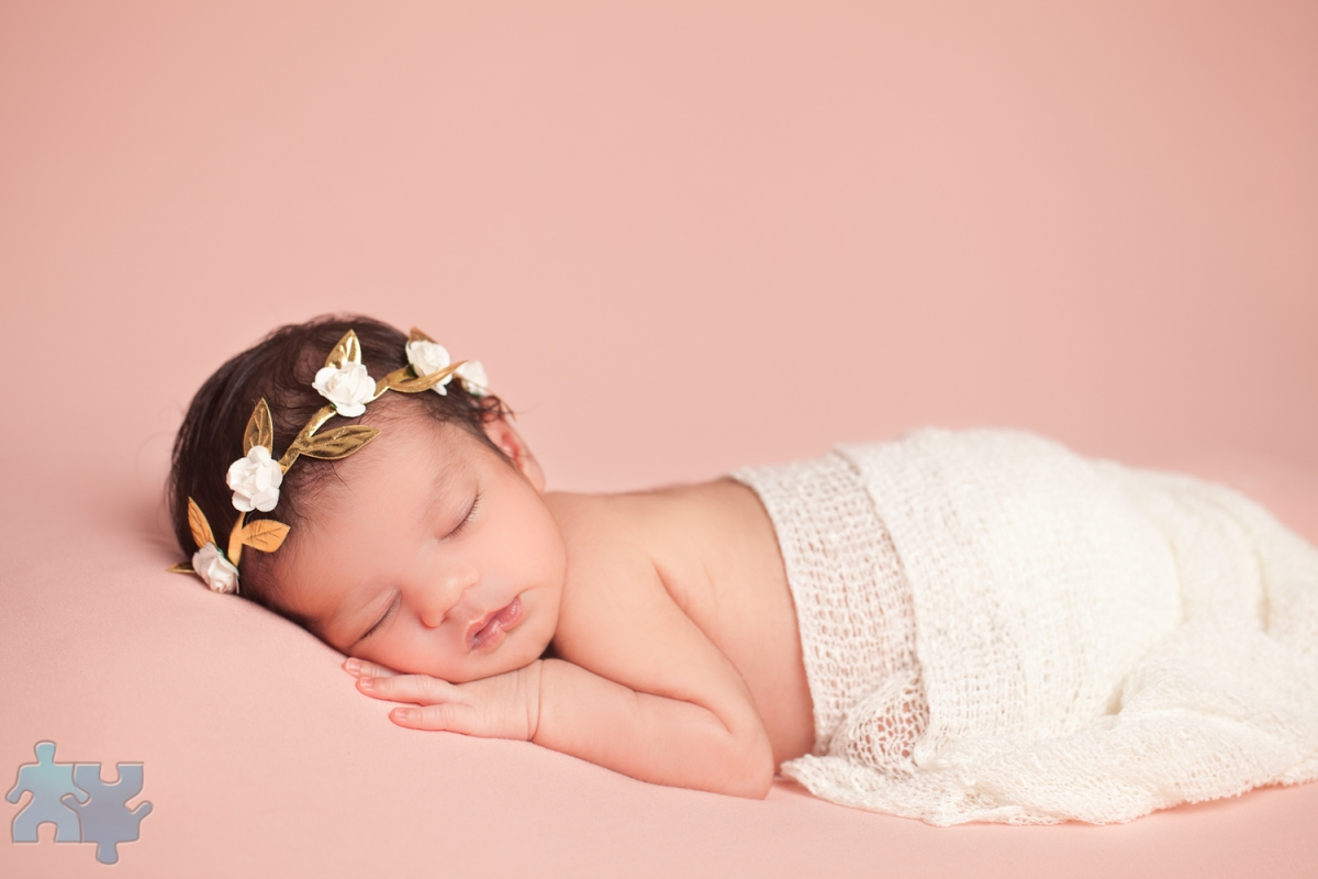 Mississauga newborn photography studio portraits of baby girl 13 days old b n lifestyle imagery